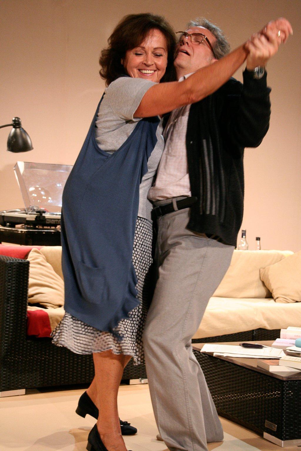 Alte Liebe rostet nicht zwischen Harry und Lore! | Foto © Anne Buffetrille
