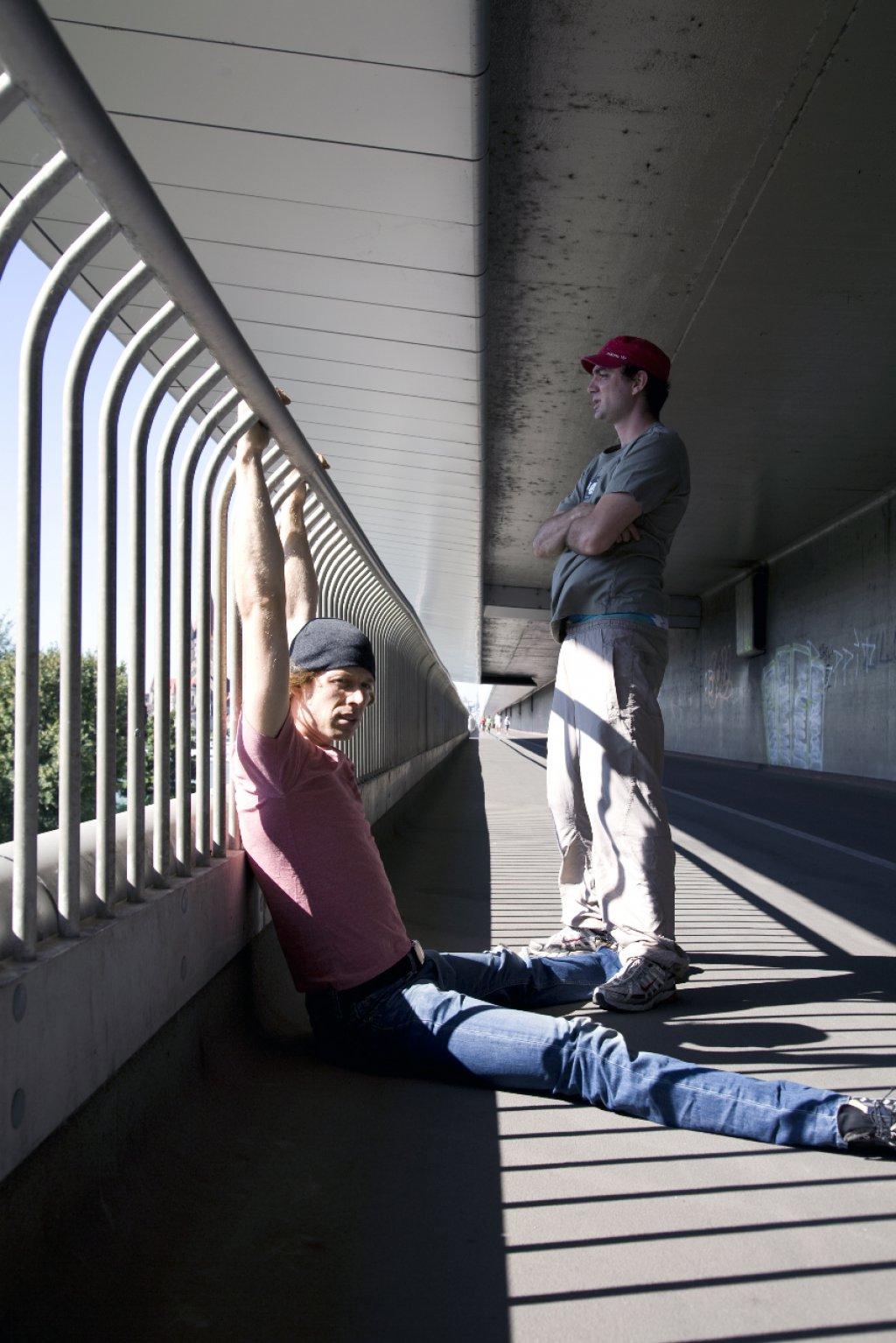 Stones - Ein Stein führt zur Anklage zweier Jugendlicher. | Foto © Sarah Haas